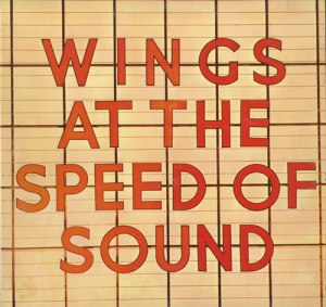 Paul+McCartney+and+Wings+-+At+The+Speed+Of+Sound+++Wings+Fun+Club+Lyric+Booklet+-+LP+RECORD-558637