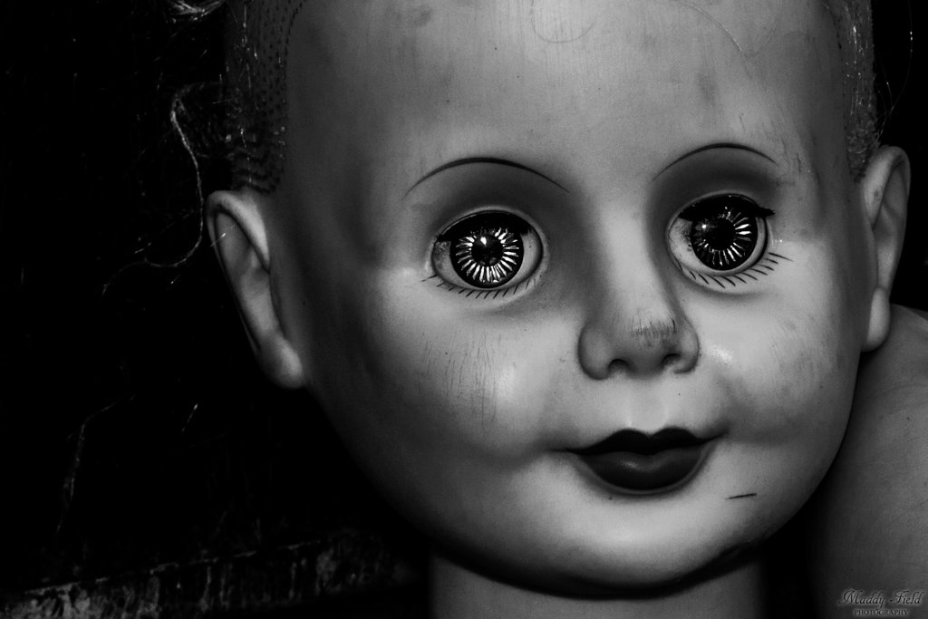 creepy_doll_face_by_maddyfield-d8vp8cr